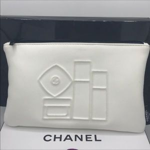 🔥last one ☝️ ❤️Chanel skincare makeup bag